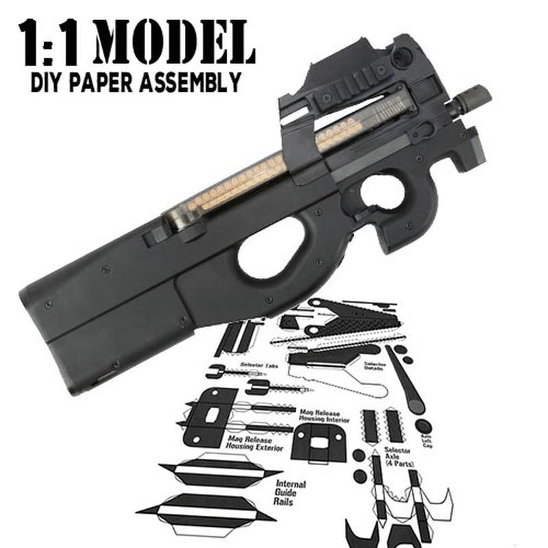 11 Crazy P90 modelo de pistola de juguete de papel ensamblado juguete educativo construcción juguetes tarjeta modelo Construcción conjuntos