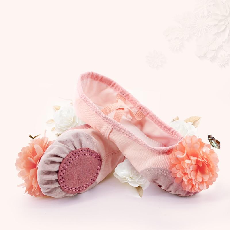 Розовые балетки для девочек, детские балетные тапочки, Женская подошва, йога, гимнастика, танцевальная обувь с цветком