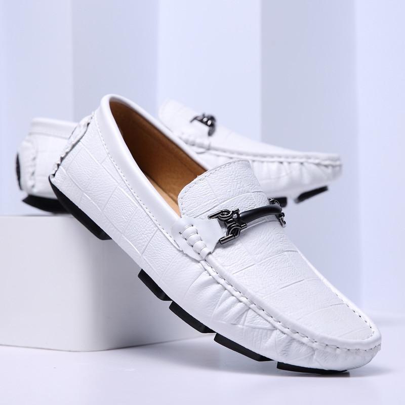 Marca de Luxo Mocassins dos Homens Deslizamento em Sapatos de Condução Zapato Hombre Casual Cuero Homens Sapatos Casuais 2021 Respirável Branco