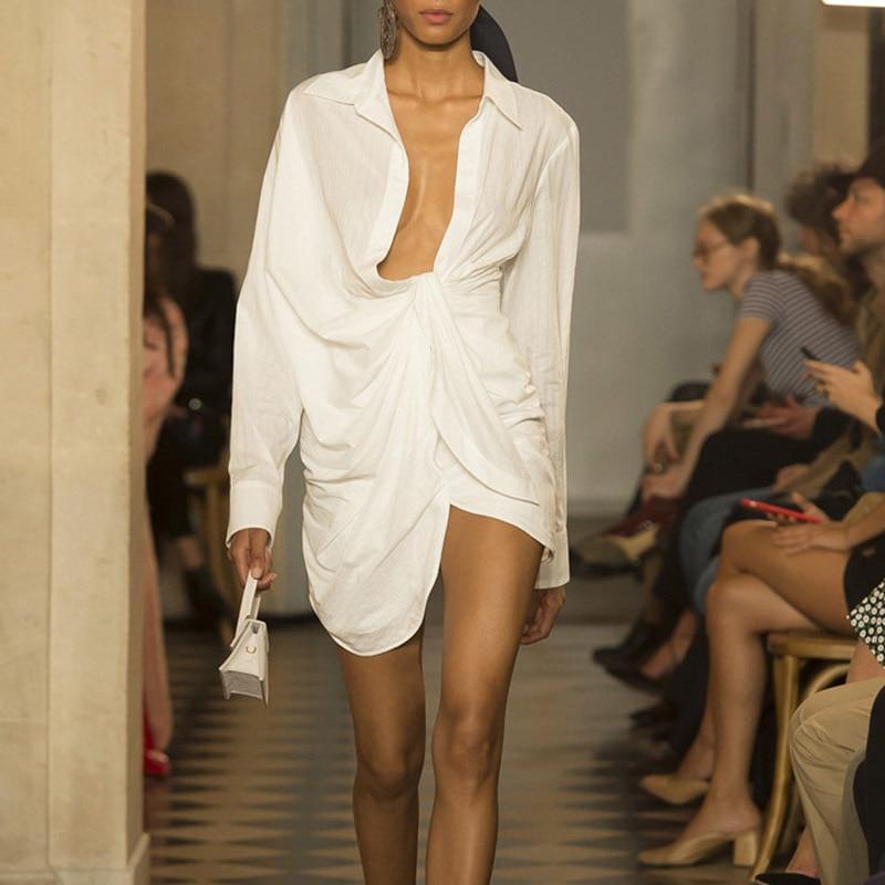 2019 Ruched Deep V sexy mujer Blusa de encaje de manga larga Irregular blanco mujeres blusa de gran tamaño suelta Tops de algodón