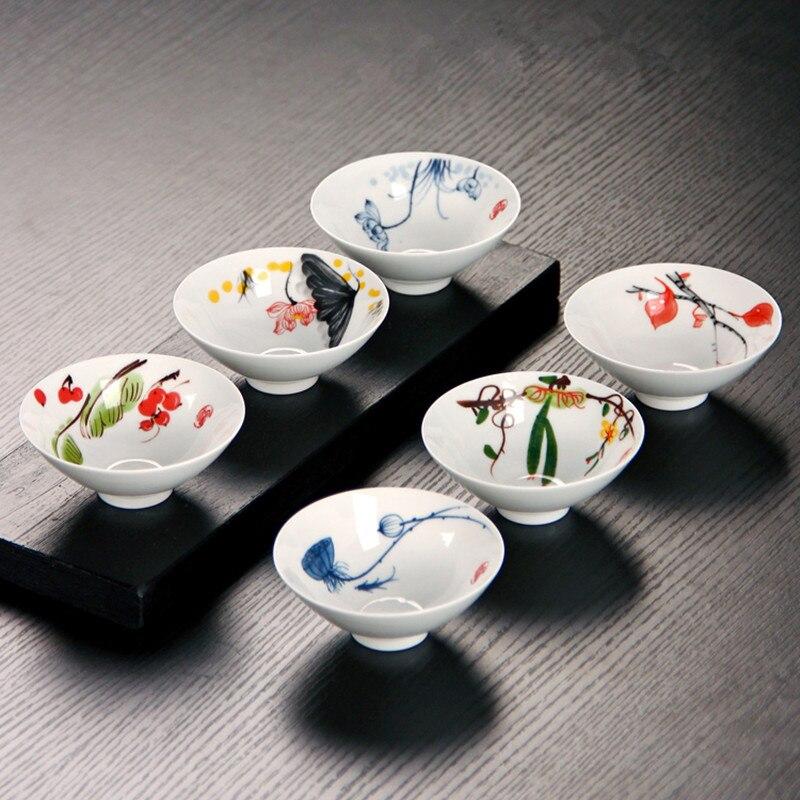 Tazas de té de cerámica coloridas pintadas a mano de 50 ml, porcelana blanca creativa china, juego de tazas de té Kung Fu, caja de regalo, accesorios para la ceremonia del té