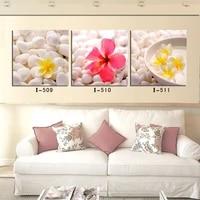 Peinture decorative jaune galets de fleurs   triple tableau decoratif  pour salon chambre a coucher  belle peinture decorative de maison  mode