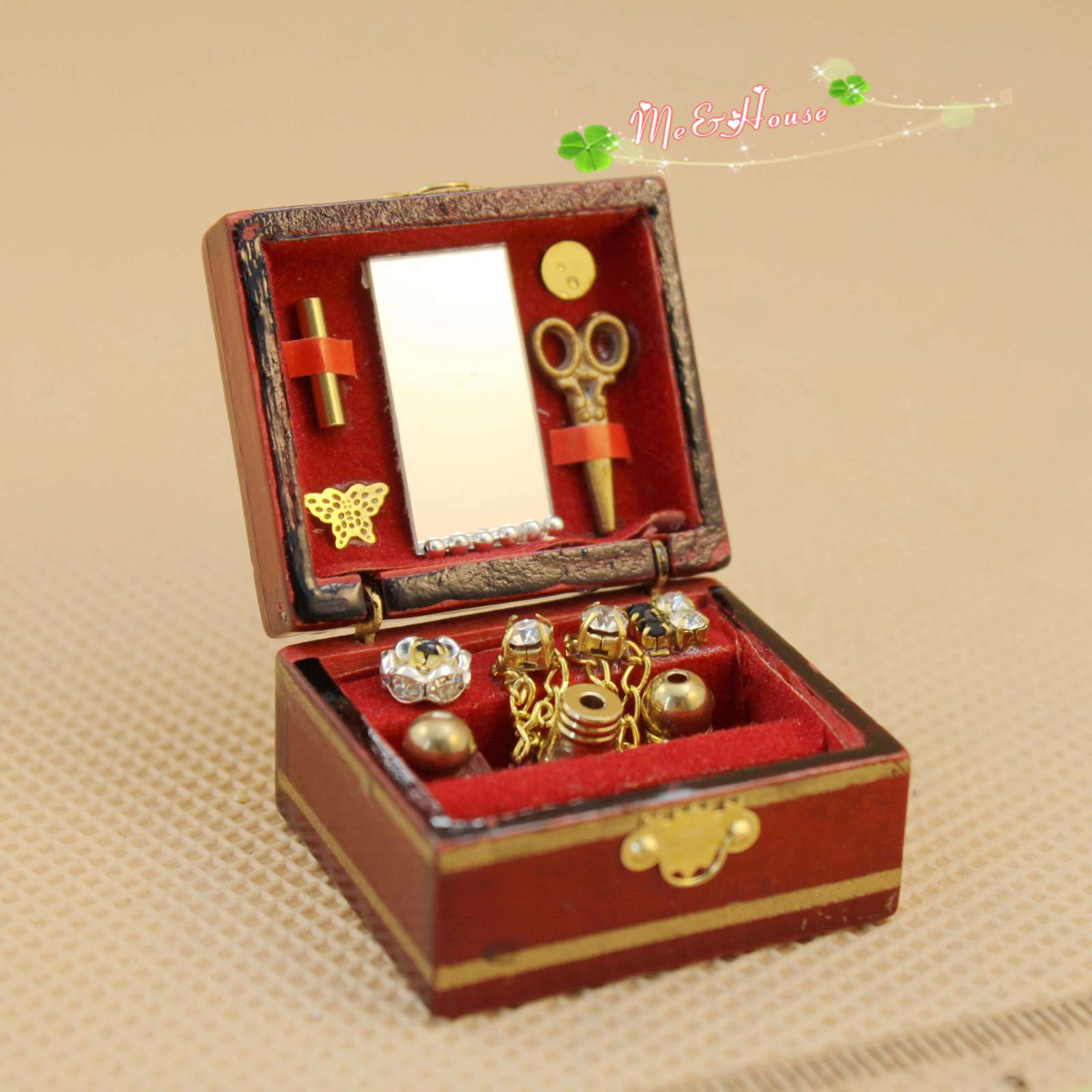 Caja de kit de aguja de costura con aguja Vintage 112 casa de muñecas en miniatura de altura 2,2 CM Accesorios para casa de muñecas mini joyero retro