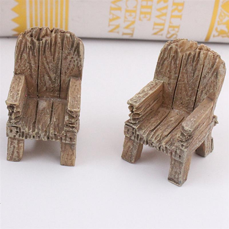 2pcs/Pair Cute Mini Simulated Wooden Chair Ornament Resin Craft Micro Landscape Fairy Garden Miniature Home Garden Decoration