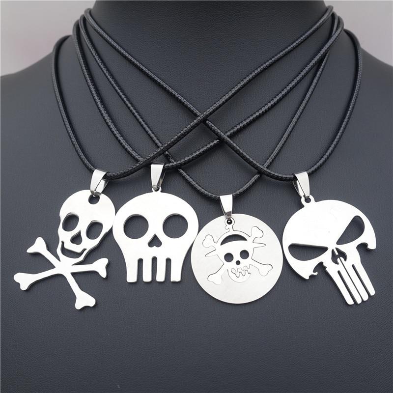 Collar de esqueleto de calavera de acero inoxidable veneno de precaución Jolly Roger Crossbones 12 Uds estilos surtidos al por mayor