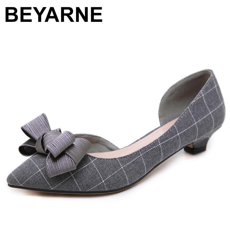 ¡Otoño 2019! Zapatos de tacón bajo Retro para mujer de BEYARNE, zapatos de tacón bajo con lazo a la moda y punta en pico, zapatos de tacón sexis sin un lado para fiesta y boda, 35-42E091
