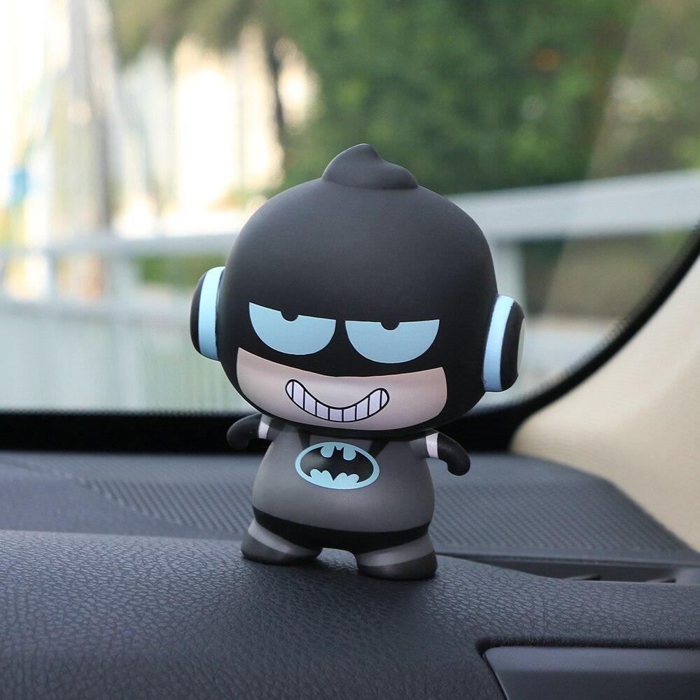 Adorno de coche de dibujos animados del Capitán América Batman, modelo de juguete de PVC, decoración de salpicadero Interior de coche, accesorios de adorno, regalos