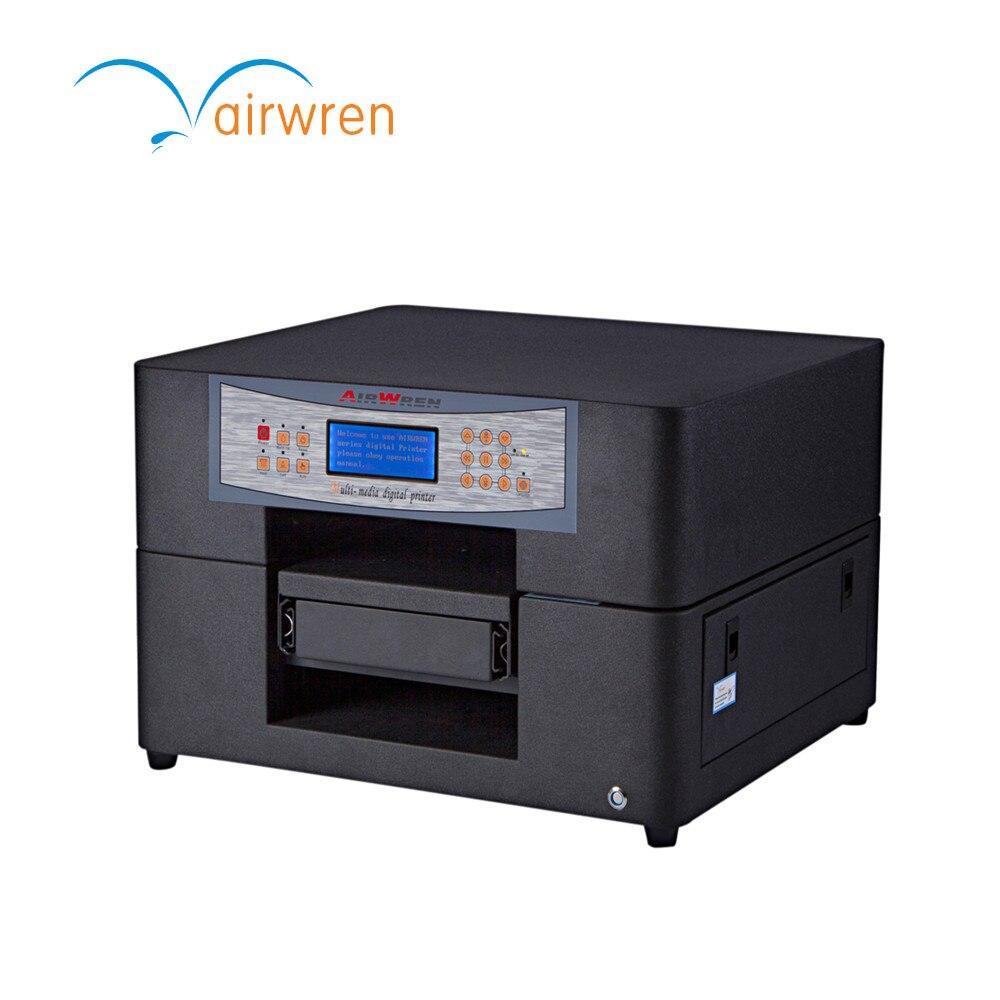 O design profissional conduziu a impressora uv com 6 cores e imprime a imagem colorida