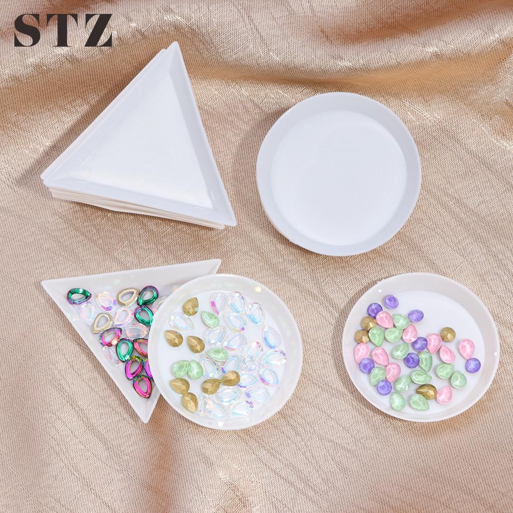 STZ 5pcs Plastic Nail Rhinestone Storage Box Plate Diamond Beads Cup Triangular Tray Nail Art Glitter Container Holder Tool A11