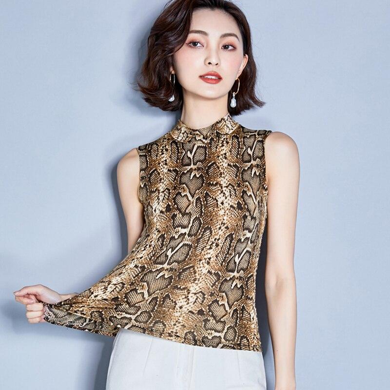 Camiseta con estampado de serpiente en color marrón, camisetas veraniegas de seda helada de leopardo para verano del 2019 para mujer, camisetas sin mangas para club, camiseta de mujer con cuello falso