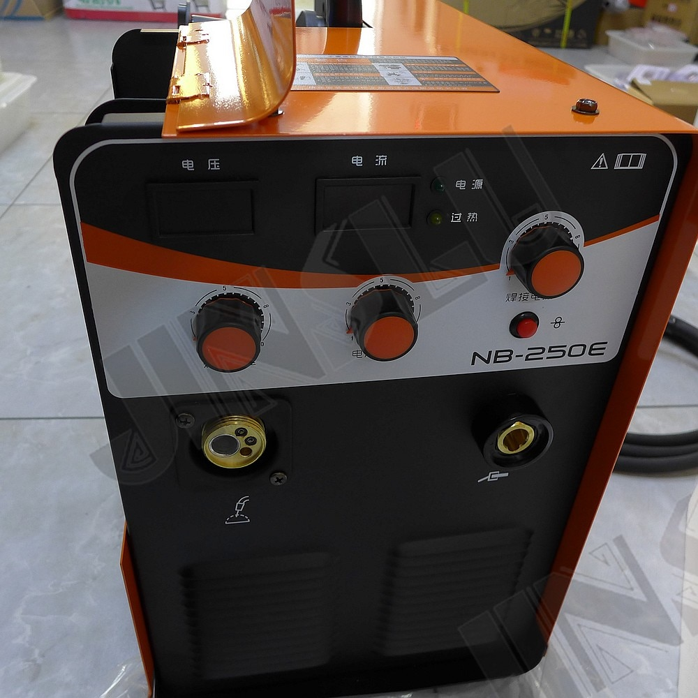 Jasic IGBT MIG 200A CO2 MIG لحام MIG 200 mig mag لحام آلة NB-250E MIG-250 JINSLU SALE1