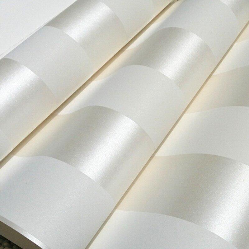 Papel de pared de beibehang estilo moderno Simple papel tapiz de rayas 3D papel de pared marrón Beige brillante papel de pared de fondo blanco crema