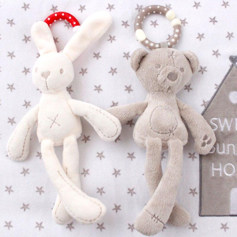 Berço Carrinho De Criança Brinquedo Infantil Boneca de Coelho Coelho Urso Plushed Macio Material Carrinho De Bebê kid Animal Anel Pendurado brinquedos Do Chocalho Do Bebê para meninas