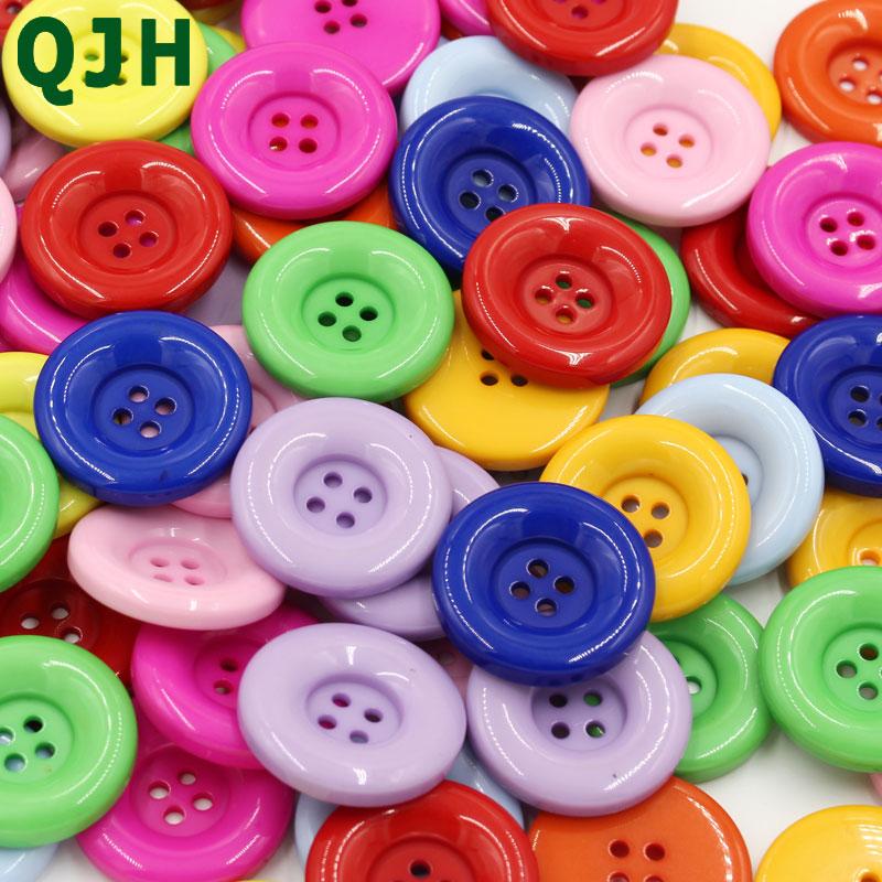 QJH 18-30mm 4 agujeros botones de resina de plástico capa ropa botón hecho a mano DIY hogar Decoración artesanal accesorio para coser Scrapbooking