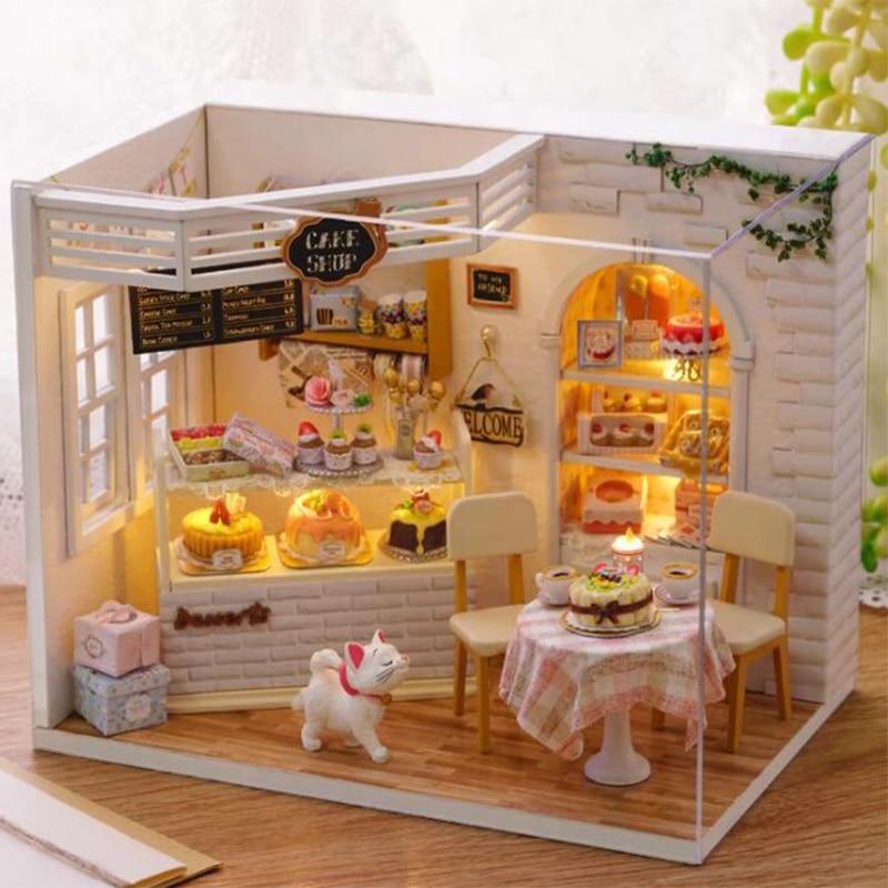 YunNaSi 3D Wooden doll House Miniaturas Toys For Children Wooden House Miniaturas Toys For Children Christmas Gift