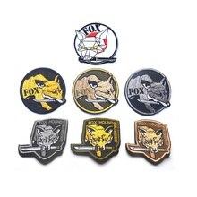Brazalete bordado en 3D con lazo y gancho MGS, engranaje de Metal sólido, parches de Fox Hound, brazalete del ejército sin fronteras, insignia de combate del ejército
