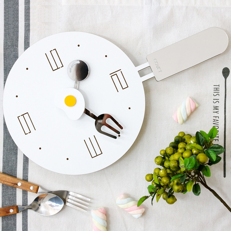 Reloj de pared creativo con cuchara popular para el sol, reloj de pared de cocina y sartén de Metal, novedad, diseño, reloj de dibujos animados para niños klock 50w354