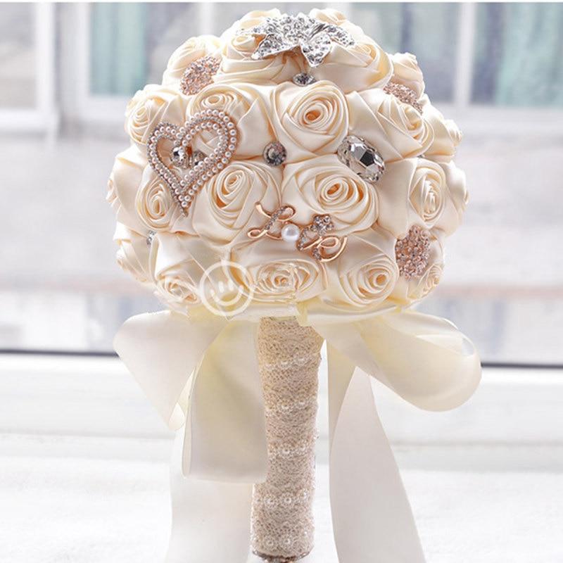 Ramo de boda diamante novia celebración Ramos rosas artificiales flores Adorn perlas seda cinta Rosa boda regalo