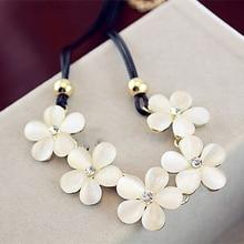 Fancy&Fantasy Necklaces Pendants Fashion Style Crystal Choker Necklace Cute Cat Eye Flower PU Necklace Women Long Sweater Chain