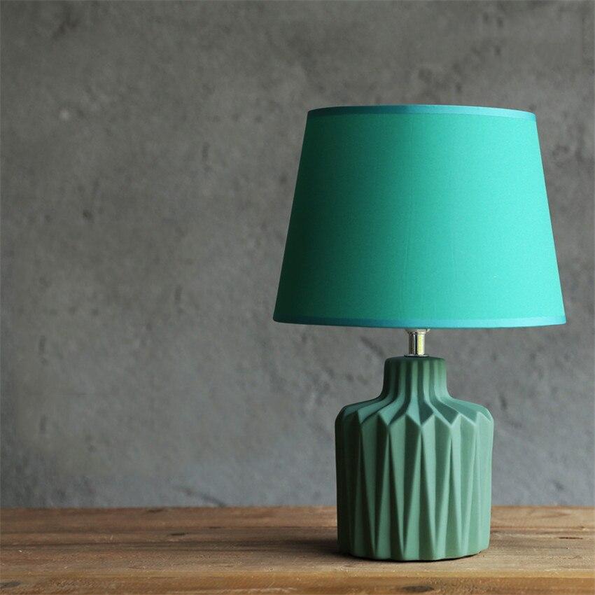 Chiński porcelanowa lampa Led stół światło sypialnia oświetlenie do salonu nowoczesna lampa stołowa Led małe biurko lampa wisząca światła do oświetlenia domu