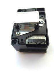 F185000 1 PCS Original cabeça de Impressão Para impressoras Epson T1110 C10 T1100 T30 T33 C120 C110 ME1100 ME70 TX510 TX525 TX525FW