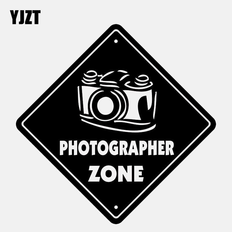 YJZT 13,5 CM * 13,5 CM fotógrafo zona lente de la Cámara de vinilo de la película negro/plata etiqueta engomada del coche de C22-0846