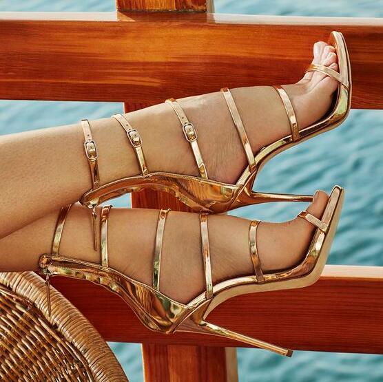 Femmes sandales Designer gladiateur talons hauts Sexy bout ouvert découpes femmes sangles creuses boucle talon haut sandale grande taille
