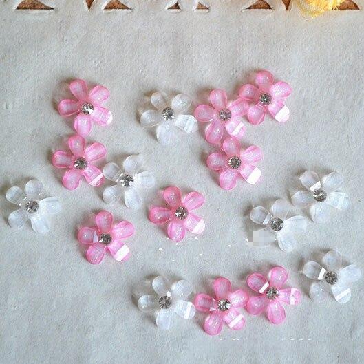 20 unids/lote Flor de resina linda de 9mm con cabujón trasero plano de diamantes de imitación para teléfono DIY, decoración de uñas