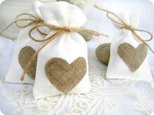 Sac en toile de jute blanc lin   Sac à cœur tendance, sacs cadeaux de mariage à cordon de serrage, sac à bijoux, longue