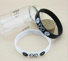 Großhandel KPOP EXO EXO-K EXO-M XOXO gelee Männer oder Frauen armband