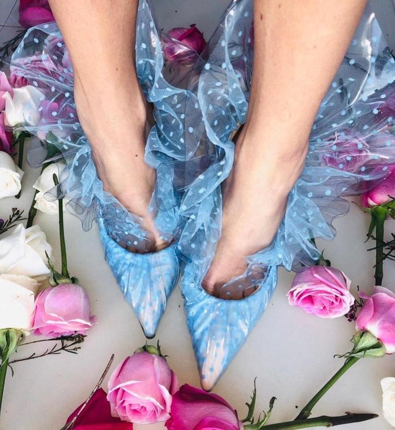 Ins الساخن البولكا نقطة البلاستيك الكشكشة ملفوفة مضخات المرأة الحلو رقيقة الكعوب المدببة تو المنصة PVC شبكة عالية الكعب انخفاض قطع الأحذية