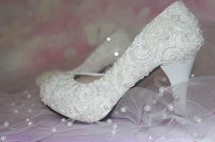 Nouveau Élégant De Mariée Robe Chaussures WeddingDress Chaussures Occasion Spéciale Chaussures Talon Pompes Bridemaid Chaussures Livraison Gratuite Chaussures Formelles