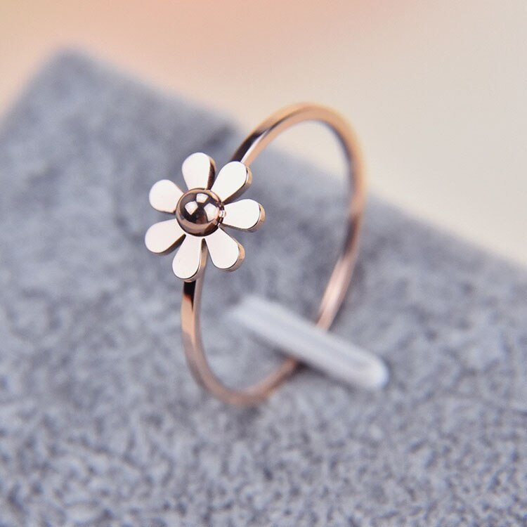 Anillos de margaritas de acero de titanio de color oro rosa de alta calidad, bonita joyería para regalo, anillo barato para mujer, drop shopping