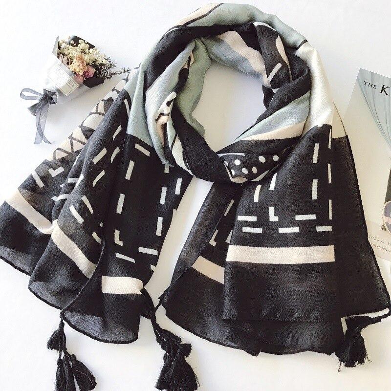 2018 Fashion Geometry Print Tassel Scarf Women Cotton Voile Rhombus Print Scarves And Shawls Wrap Hijab Muffler Free Shipping