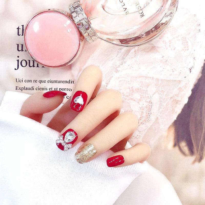 24Pcs Sexy 3D Red Diamond Shiny Golden False Nails Heart Rhinestone Fake Nail Glitter Short Square Full Cover Nail With Glue