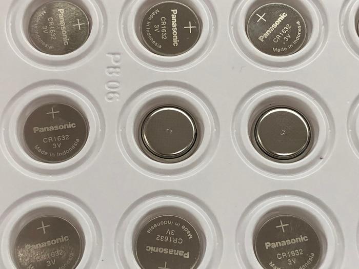 40 unids/lote Panasonic CR1632 CR 1632 DL1632 3V baterías de litio pila botón moneda