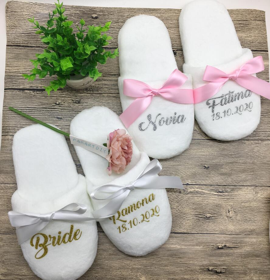 Wedding Slippers Customize Bridesmaid Print Shoes Gifts Night Party Favors Gifts White Towelling Hotel Disposable Slippers 1 Set