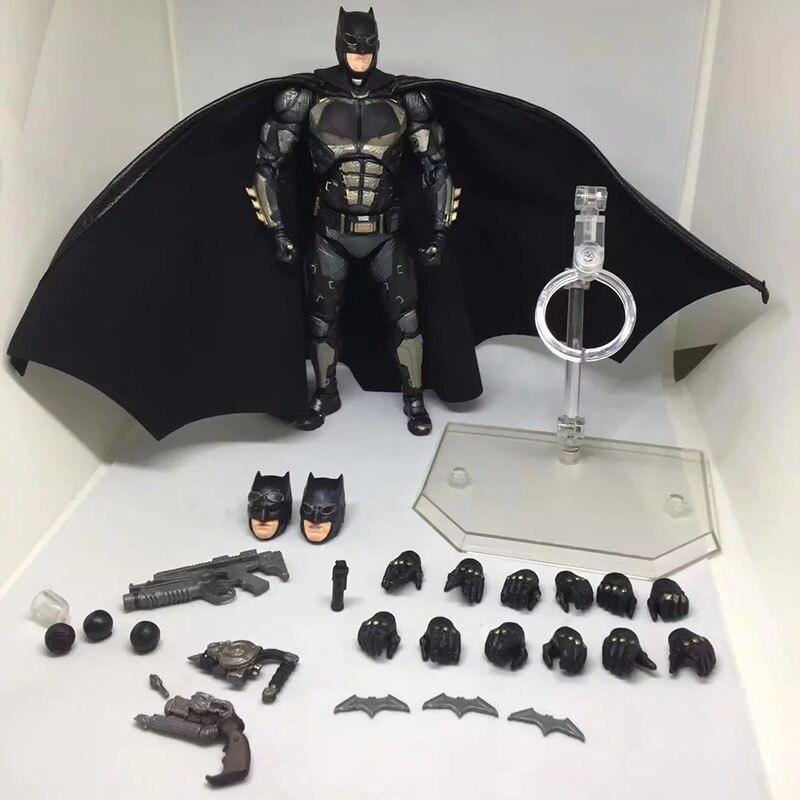 Justice League The Dark Night Batman MAFEX 064 Tactical Suit PVC Action Figure  Model Collectible Toys Doll 16CM