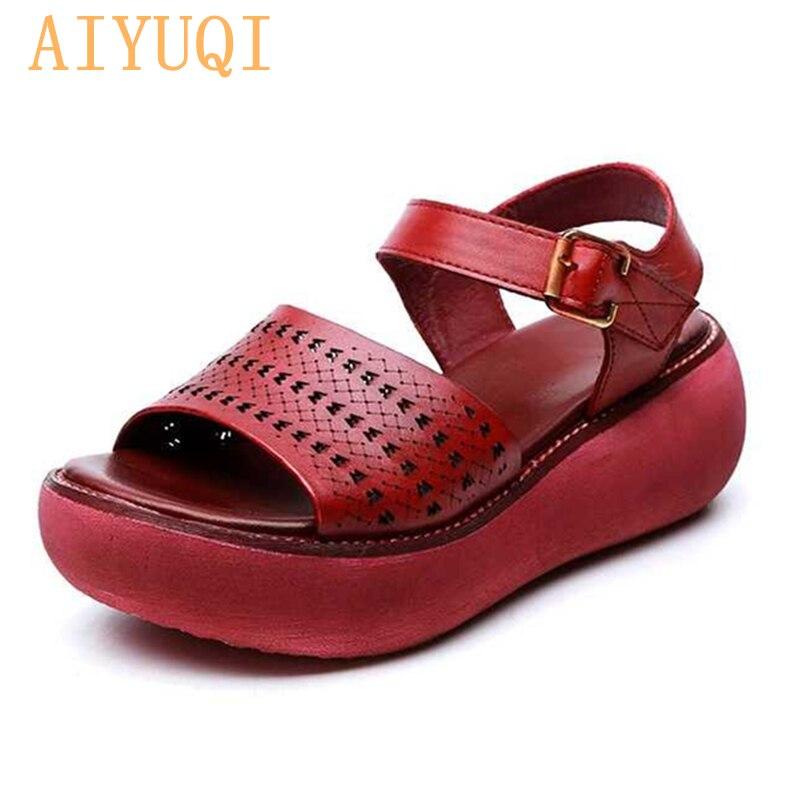 AIYUQI النساء الصنادل منصة أسافين الأحذية 2021 جديد الصنادل النساء جلد طبيعي المفتوحة تو ريترو الجوف المرأة الصيف الأحذية