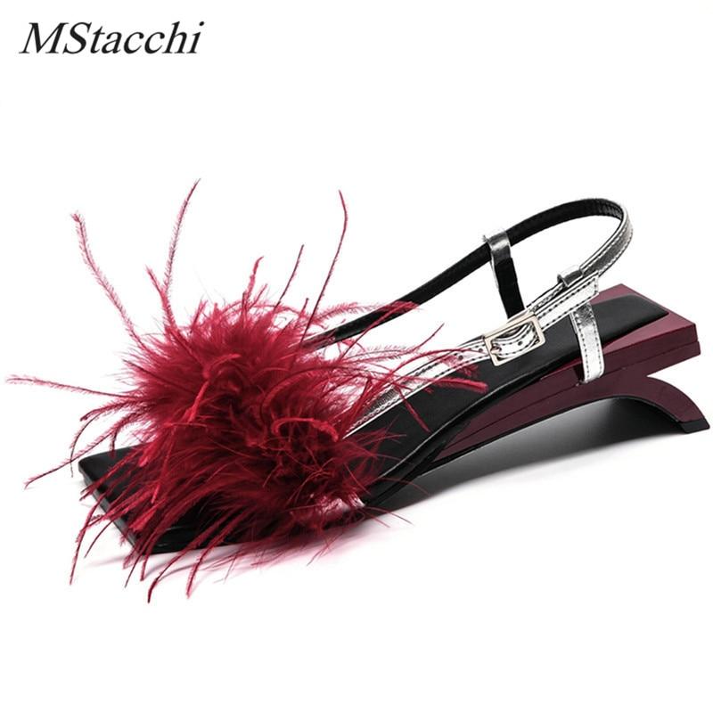 Mstafchi الصيف النساء الصنادل كلمة نوع حزام كعب غريب صحيح ريشة الصنادل الحلي الغريبة كعب السيدات أحذية الحفلات امرأة