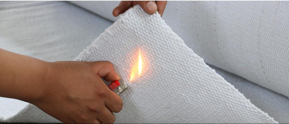 Material ignífugo de fibra cerámica de alta temperatura de 1260 ℃, cubierta ignífuga, tela. Estera, aislamiento térmico