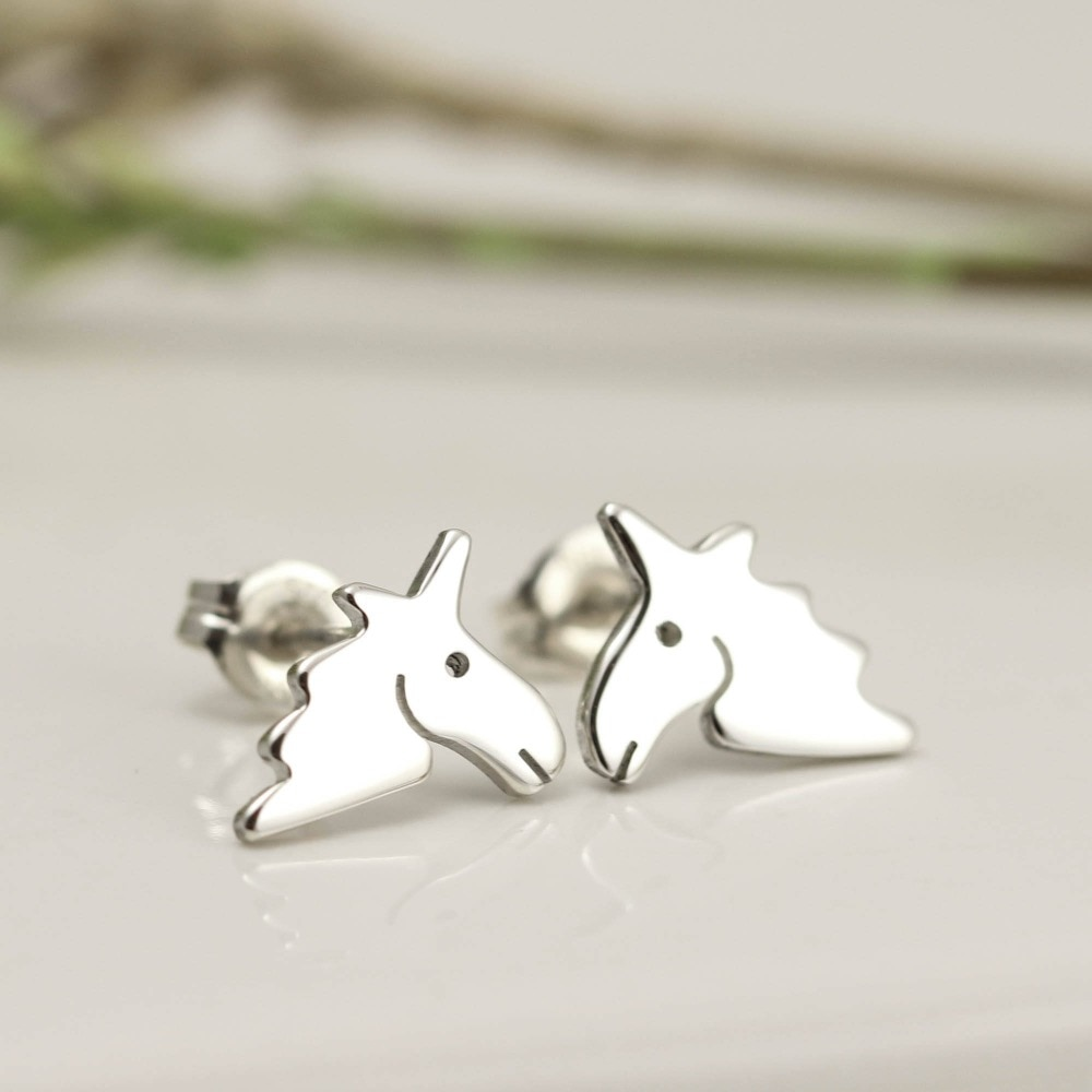 Daisies Lovely Unicorn Animal Stud Earring Horse Head Shape Fashion Jewelry for Women Birthday and P