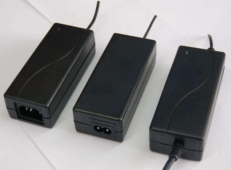 29.2 v 2a adaptateur dalimentation cc ue/royaume-uni/états-unis/AU universel 29.2 volts 2 ampères 2000ma entrée dalimentation 110-220v 5.5x2.5 transformateur de puissance