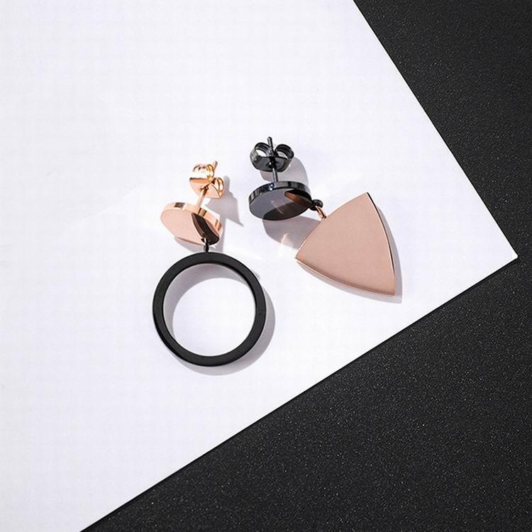 Pendientes de asimetría triangular de titanio y acero inoxidable a la moda para mujer, pendientes de color delicado con geometría de oro rosa