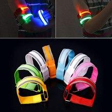 Odblaskowe światło na ramię LED pasek na ramię pas bezpieczeństwa do jazdy nocnej na rowerze