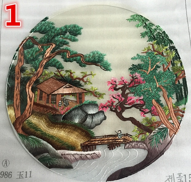 Chinese Hand Silk Embroidery Works Double-side Scenic Patterns Finished Round 20cm for Bag Clothing Fan Decoration Ornaments
