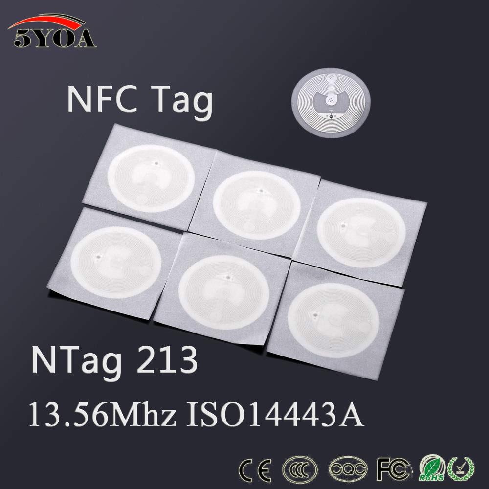 100 Etiqueta NFC TAG 13.56 MHz ISO14443A pçs/lote Lable Tag RFID NTAG 213 NFC Adesivo Universal para todos NFC habilitado telefones Crachá