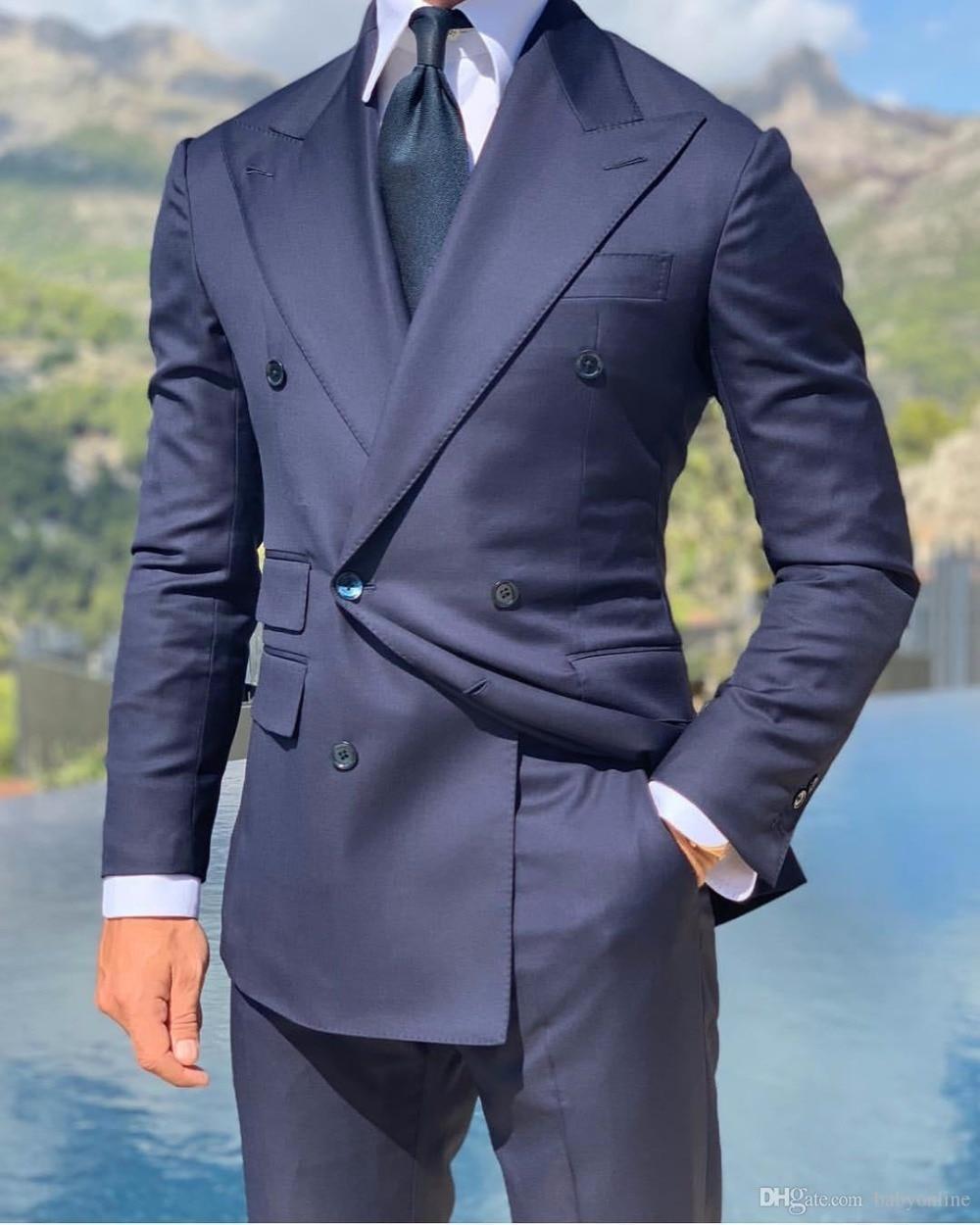 Gran calidad, doble botonadura, esmoquin azul marino para novio, solapa de pico, trajes de hombre, Blazers (chaqueta + Pantalones + corbata) W 709