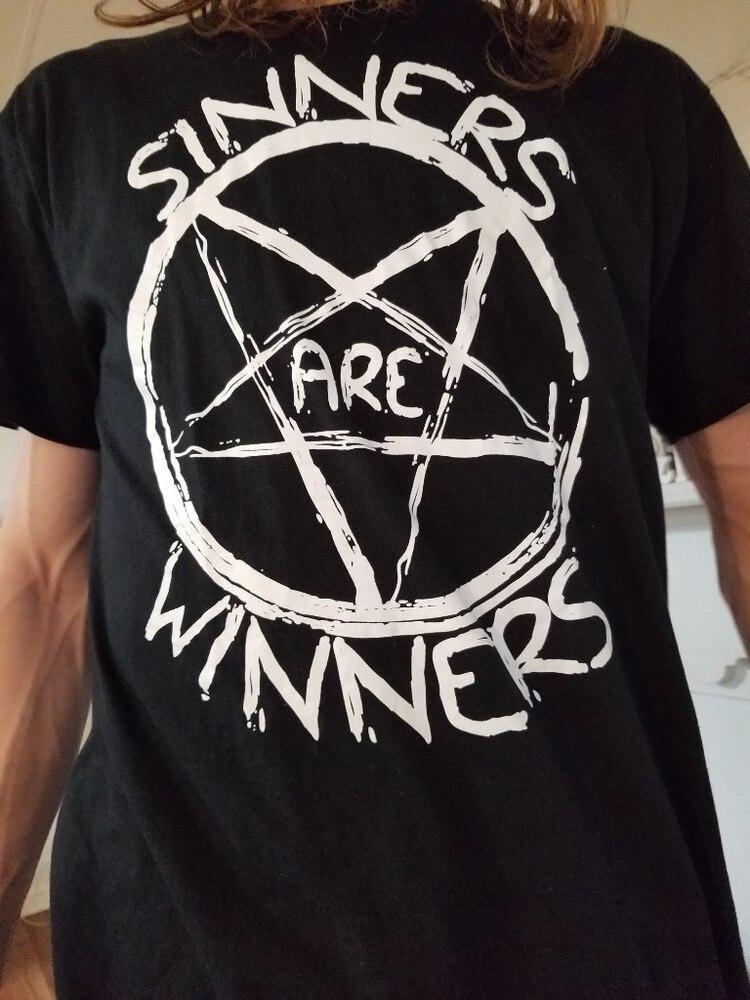 PUDO HJN pecadores son ganadores Unisex de los años 90 Grunge gótico negro camiseta Hipsters satánico gráfico Tee