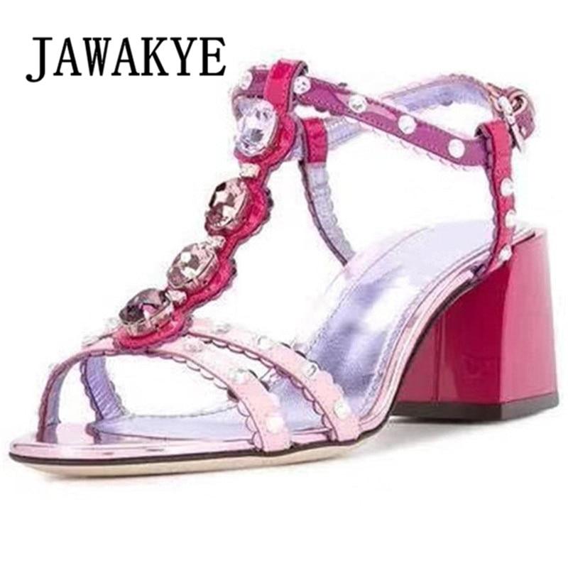 Sandalias JAWAKYE Sweet Girl rojo rosado de cristal inserto t-strap zapatos de punta abierta verano tacón de bloque Bicolor Celebrity zapatos de mujer